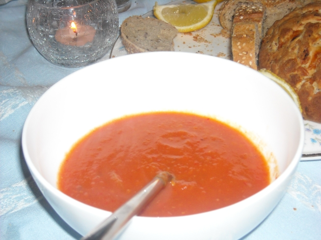 Tomato Ginger Zinger Soup